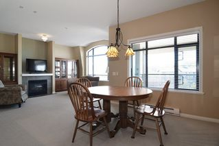 "Photo 4: PH18 8880 202 Street in Langley: Walnut Grove Condo for sale in ""The Residence"" : MLS®# R2068564"