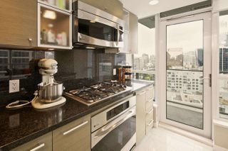 """Photo 11: 1611 833 SEYMOUR Street in Vancouver: Downtown VW Condo for sale in """"CAPITOL by WALL FINANCIAL"""" (Vancouver West)  : MLS®# R2070039"""