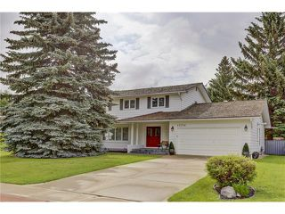Main Photo: 10716 WILLOWFERN Drive SE in Calgary: Willow Park House for sale : MLS®# C4052708