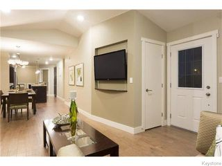 Photo 12: 518 Ferry Road in Winnipeg: St James Residential for sale (5E)  : MLS®# 1626833