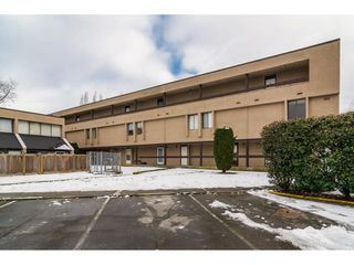 "Photo 1: 42 17706 60 Avenue in Surrey: Cloverdale BC Condo for sale in ""CLOVERDOWNS"" (Cloverdale)  : MLS®# R2131297"