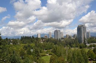 Photo 14: 1105 6888 STATION HILL Drive in Burnaby: South Slope Condo for sale (Burnaby South)  : MLS®# R2152759