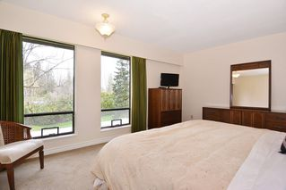 """Photo 8: 7840 227 Crescent in Langley: Fort Langley House for sale in """"FOREST KNOLLS"""" : MLS®# R2153173"""