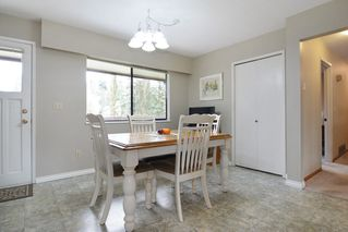 """Photo 7: 7840 227 Crescent in Langley: Fort Langley House for sale in """"FOREST KNOLLS"""" : MLS®# R2153173"""
