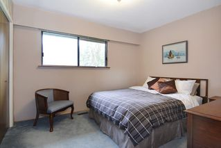 """Photo 10: 7840 227 Crescent in Langley: Fort Langley House for sale in """"FOREST KNOLLS"""" : MLS®# R2153173"""