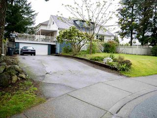 Main Photo: 8989 162 Street in Surrey: Fleetwood Tynehead House for sale : MLS®# R2162534
