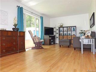 Photo 4: 95 Cunnington Avenue in Winnipeg: Elm Park Residential for sale (2C)  : MLS®# 1715002