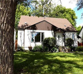 Photo 2: 95 Cunnington Avenue in Winnipeg: Elm Park Residential for sale (2C)  : MLS®# 1715002