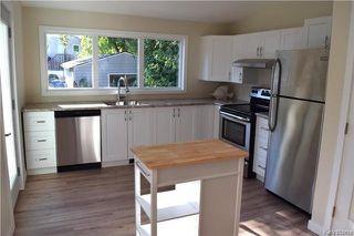 Photo 6: 428 Inglewood Street in Winnipeg: St James Residential for sale (5E)  : MLS®# 1722498