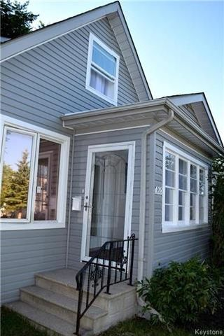 Photo 2: 428 Inglewood Street in Winnipeg: St James Residential for sale (5E)  : MLS®# 1722498