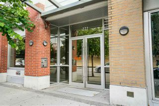 "Photo 2: 219 221 UNION Street in Vancouver: Mount Pleasant VE Condo for sale in ""V6A"" (Vancouver East)  : MLS®# R2201874"