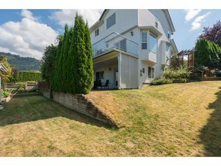 """Photo 3: 46774 BRAESIDE Avenue in Sardis: Promontory House for sale in """"PROMONTORY HEIGHTS"""" : MLS®# R2201975"""