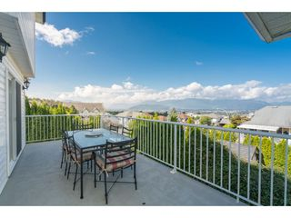 """Photo 4: 46774 BRAESIDE Avenue in Sardis: Promontory House for sale in """"PROMONTORY HEIGHTS"""" : MLS®# R2201975"""