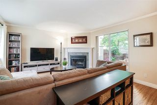 """Photo 2: 8 2223 ST JOHNS Street in Port Moody: Port Moody Centre Townhouse for sale in """"Perry's Mews"""" : MLS®# R2206547"""