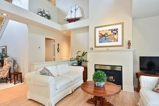 """Photo 6: 22 14877 33RD Avenue in Surrey: King George Corridor Townhouse for sale in """"Sandhurst"""" (South Surrey White Rock)  : MLS®# R2206509"""