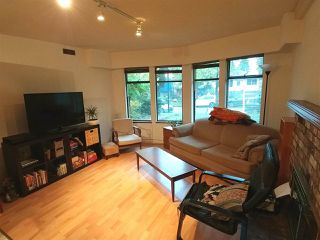 """Photo 3: 6370 SOPHIA Street in Vancouver: Main House for sale in """"MAIN"""" (Vancouver East)  : MLS®# R2215115"""
