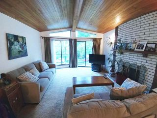 """Photo 9: 6370 SOPHIA Street in Vancouver: Main House for sale in """"MAIN"""" (Vancouver East)  : MLS®# R2215115"""