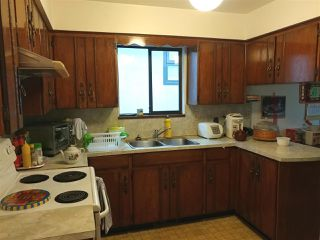 """Photo 8: 6370 SOPHIA Street in Vancouver: Main House for sale in """"MAIN"""" (Vancouver East)  : MLS®# R2215115"""