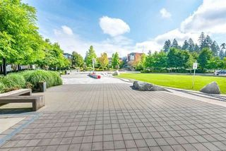 "Photo 11: 906 1185 THE HIGH Street in Coquitlam: North Coquitlam Condo for sale in ""Claremont"" : MLS®# R2232143"