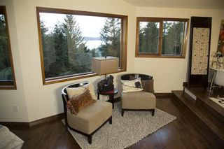 Photo 8: 1557 WHITESAILS Drive: Bowen Island House for sale : MLS®# R2232277