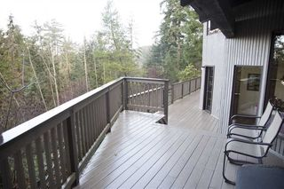 Photo 13: 1557 WHITESAILS Drive: Bowen Island House for sale : MLS®# R2232277