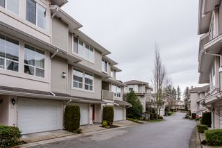 "Photo 2: 33 14952 58 Avenue in Surrey: Sullivan Station Townhouse for sale in ""Highbrae"" : MLS®# R2232617"