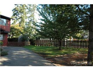 Photo 4: 2320A Sooke Road in VICTORIA: Co Hatley Park Residential for sale (Colwood)  : MLS®# 286976