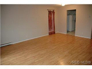 Photo 3: 2320A Sooke Road in VICTORIA: Co Hatley Park Residential for sale (Colwood)  : MLS®# 286976