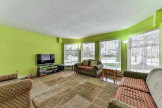 "Photo 3: 15412 94 Avenue in Surrey: Fleetwood Tynehead House for sale in ""BERKSHIRE PARK"" : MLS®# R2239451"