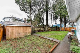 "Photo 18: 15412 94 Avenue in Surrey: Fleetwood Tynehead House for sale in ""BERKSHIRE PARK"" : MLS®# R2239451"