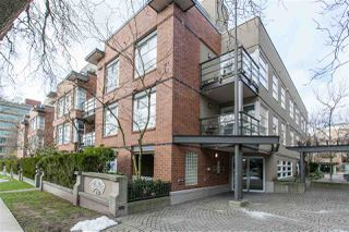 "Photo 1: 310 2181 W 12TH Avenue in Vancouver: Kitsilano Condo for sale in ""THE CARLINGS"" (Vancouver West)  : MLS®# R2243411"