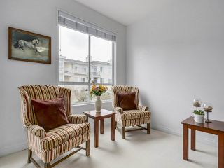 "Photo 8: 405 360 E 36TH Avenue in Vancouver: Main Condo for sale in ""MAGNOLIA GATE"" (Vancouver East)  : MLS®# R2244662"