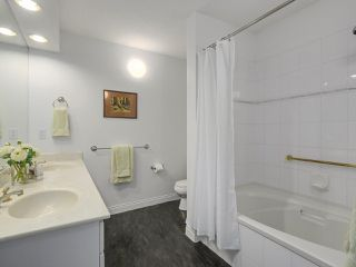 "Photo 13: 405 360 E 36TH Avenue in Vancouver: Main Condo for sale in ""MAGNOLIA GATE"" (Vancouver East)  : MLS®# R2244662"