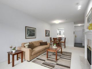 "Photo 4: 405 360 E 36TH Avenue in Vancouver: Main Condo for sale in ""MAGNOLIA GATE"" (Vancouver East)  : MLS®# R2244662"