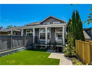 "Photo 20: 322 E 9TH Street in North Vancouver: Central Lonsdale House 1/2 Duplex for sale in ""Central Lonsdale"" : MLS®# R2251668"