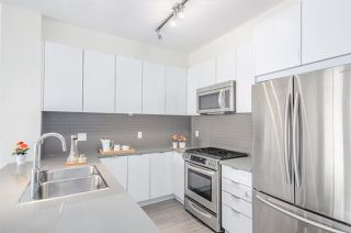 "Photo 10: 407 3107 WINDSOR Gate in Coquitlam: New Horizons Condo for sale in ""BRADLEY HOUSE AT WINDSOR GATE"" : MLS®# R2267847"