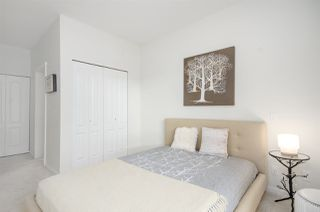 "Photo 13: 407 3107 WINDSOR Gate in Coquitlam: New Horizons Condo for sale in ""BRADLEY HOUSE AT WINDSOR GATE"" : MLS®# R2267847"