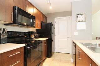 "Photo 4: 412 12248 224 Street in Maple Ridge: East Central Condo for sale in ""URBANO"" : MLS®# R2272183"