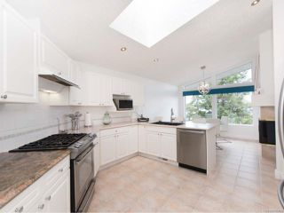 Photo 8: 209 Marine Dr in COBBLE HILL: ML Cobble Hill House for sale (Malahat & Area)  : MLS®# 792406