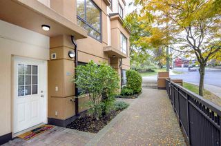 Photo 19: 527 ROCHESTER Avenue in Coquitlam: Coquitlam West Townhouse for sale : MLS®# R2317974