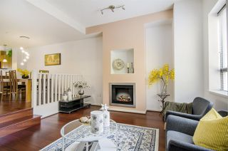 Photo 1: 527 ROCHESTER Avenue in Coquitlam: Coquitlam West Townhouse for sale : MLS®# R2317974