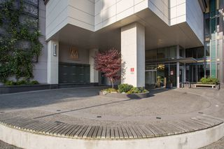 "Photo 19: 3903 1188 PINETREE Way in Coquitlam: North Coquitlam Condo for sale in ""M3"" : MLS®# R2322872"