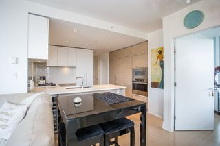 "Photo 5: 3903 1188 PINETREE Way in Coquitlam: North Coquitlam Condo for sale in ""M3"" : MLS®# R2322872"