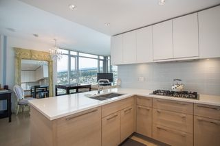 "Photo 9: 3903 1188 PINETREE Way in Coquitlam: North Coquitlam Condo for sale in ""M3"" : MLS®# R2322872"