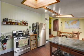 Photo 10: 418 E 11TH Street in North Vancouver: Central Lonsdale House for sale : MLS®# R2331151