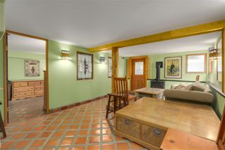 Photo 12: 418 E 11TH Street in North Vancouver: Central Lonsdale House for sale : MLS®# R2331151
