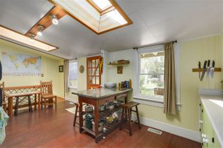 Photo 9: 418 E 11TH Street in North Vancouver: Central Lonsdale House for sale : MLS®# R2331151