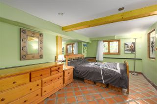 Photo 14: 418 E 11TH Street in North Vancouver: Central Lonsdale House for sale : MLS®# R2331151