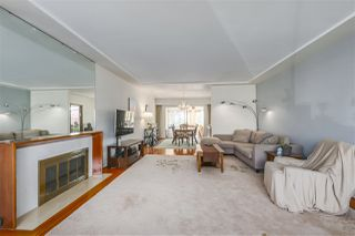 """Photo 4: 642 W 52ND Avenue in Vancouver: South Cambie House for sale in """"LANGARA"""" (Vancouver West)  : MLS®# R2336682"""