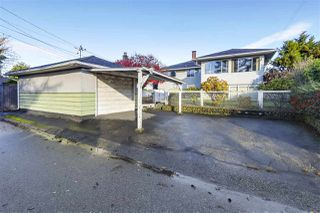 "Photo 13: 642 W 52ND Avenue in Vancouver: South Cambie House for sale in ""LANGARA"" (Vancouver West)  : MLS®# R2336682"